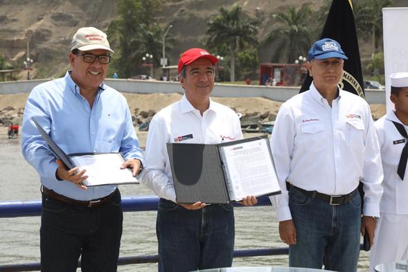 PRODUCE y MGP realizaron firma de convenios específicos para lucha contra la pesca ilegal