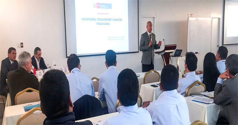 Ministerio de la Producción capacita a 100 inspectores para fiscalizar acciones en el litoral peruano